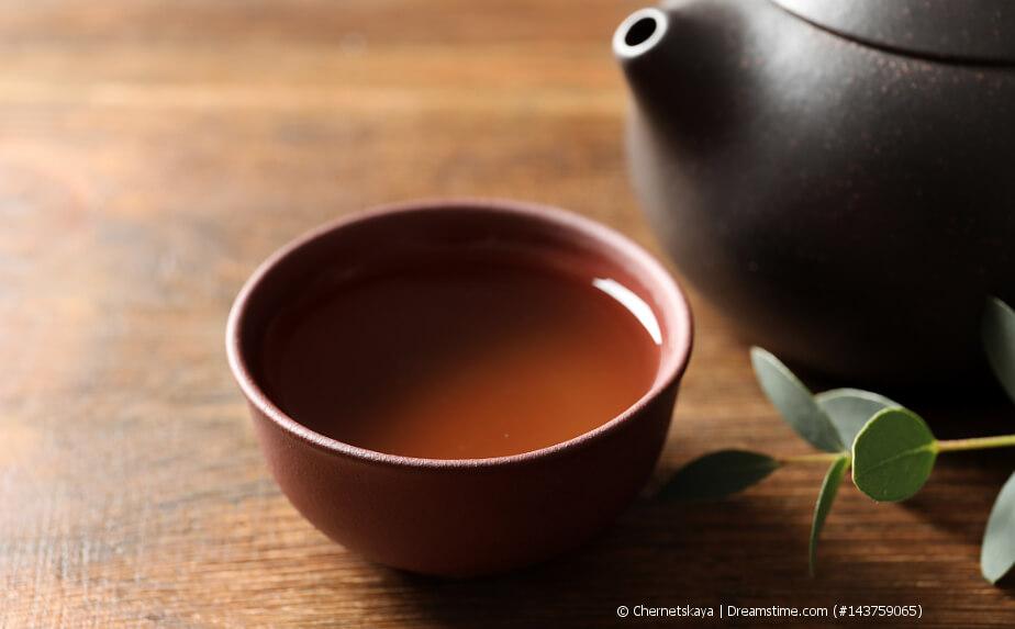 Oolong Tea in einer Teeschale - Formosa Oolong