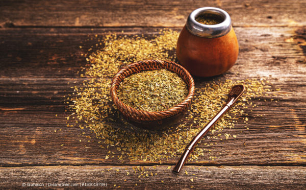Die Zubereitung von Mate-Tee