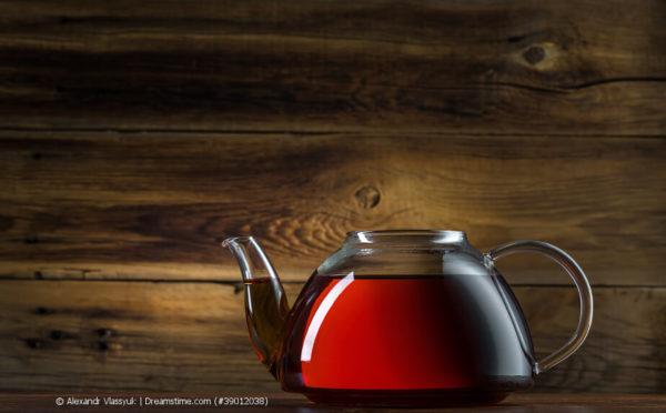 Wie aus Tschaje der Tee wurde
