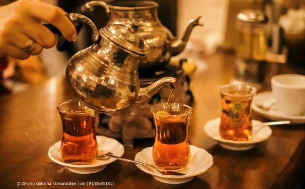 Teezeremonie in der Türkei – nur echt mit dem Semaver